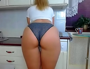 my friend'_s mom'_s obese arse on camboozle.com