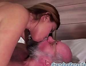 Dickloving babe receives screwed by grandpapa