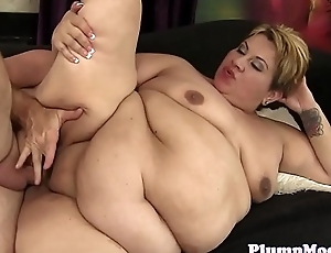 Finger banged mature bbw acquires banged