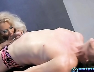 Flexible Blonde not far from Hardcore Action