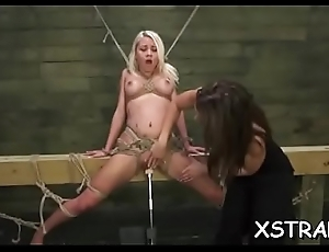 Dear blondie can'_t live without huge toys destroying her into operation pussy