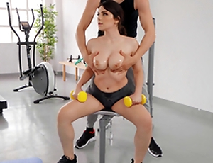 Big Titty Make nervous with Valentina Nappi coupled with Alberto Blanco - Reality Kings HD