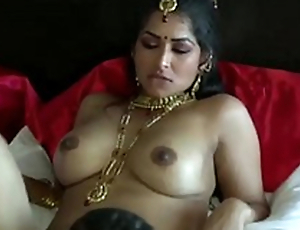 Extremely turned on dark skinned Desi gay blade eats wet pussy of his GF
