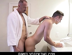 Twink Step Son Taught How Just about Shave Increased by Get Fucked By His Step Cur'