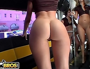 BANGBROS - The Band Bus Is Coming And Everybody'_s Cumming
